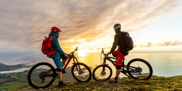 Jonathan Maunsel, Trond Brudeseth mountain biking in Norway